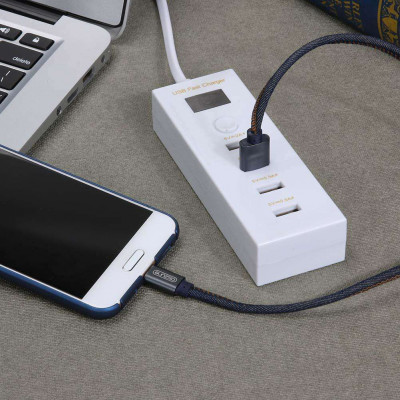 Cargador 4 puertos USB